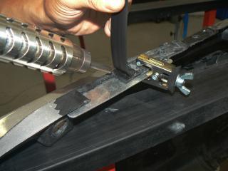 Weld and repair car body plastic parts - Steps